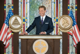 Underscoring the role served by the new National Affairs Office in the Church's greater social and humanitarian mission, Mr.David Miscavige, Chairman of the Board Religious Technology Center and ecclesiastical leader of the Scientology religion, dedicated the new facility.