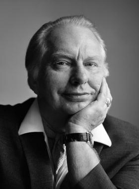 L.Ronald Hubbard