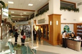 El interior de la Fundación Internacional de ElCamino a la Felicidad en Glendale, California.